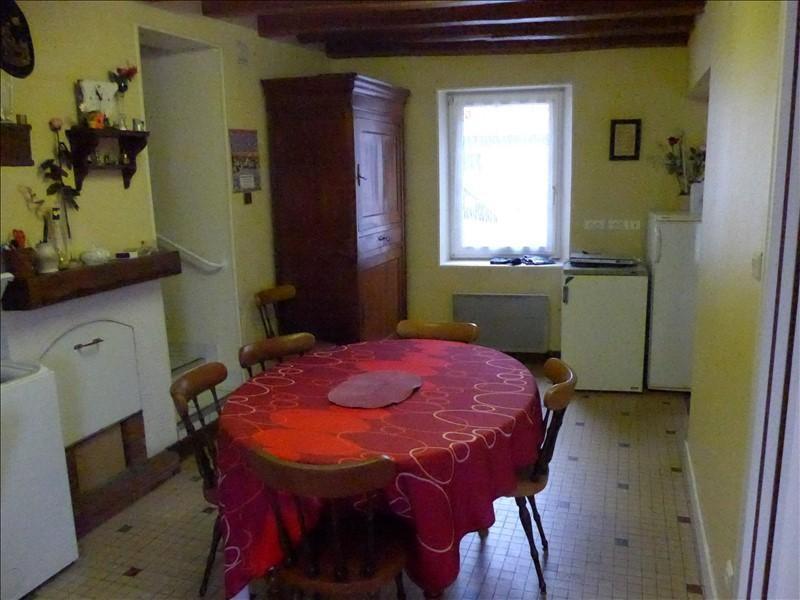 Sale house / villa La roche sur yon 75500€ - Picture 1
