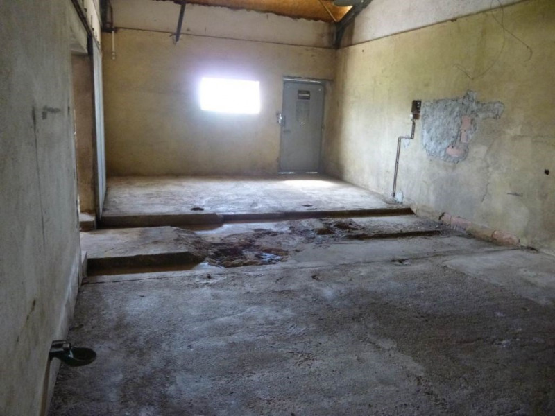 Location local commercial Althen des paluds 1 000€ HC - Photo 4