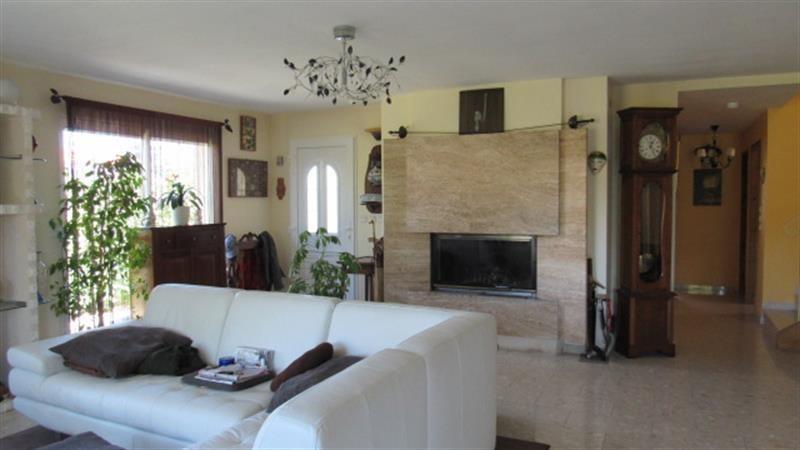 Vente maison / villa Saint-jean-d'angély 263700€ - Photo 14