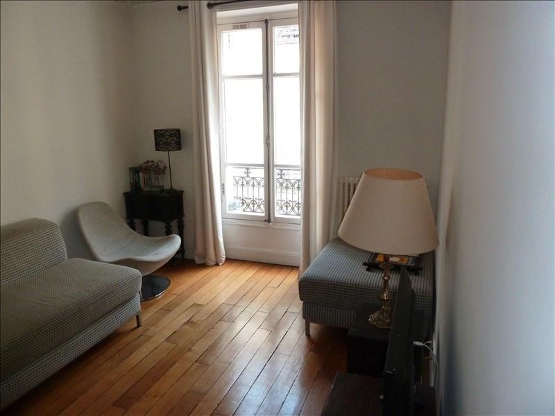 Rental apartment Paris 13ème 1280€ CC - Picture 2