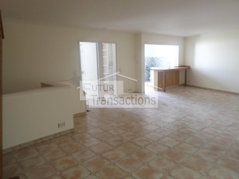 Location appartement Limay 1055€ CC - Photo 2