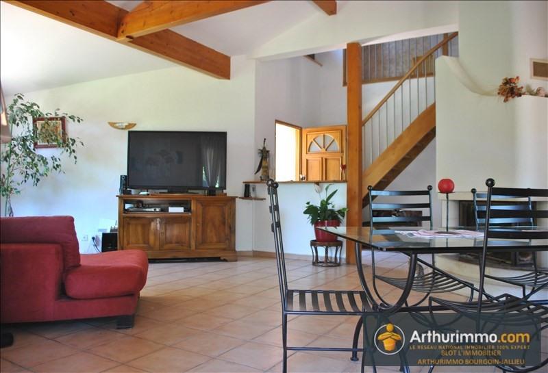 Sale house / villa Bourgoin jallieu 382000€ - Picture 2