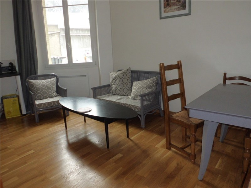 Rental apartment Chambery 658€ CC - Picture 1