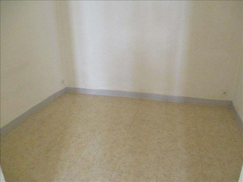 Rental apartment Salon de provence 495€ CC - Picture 3