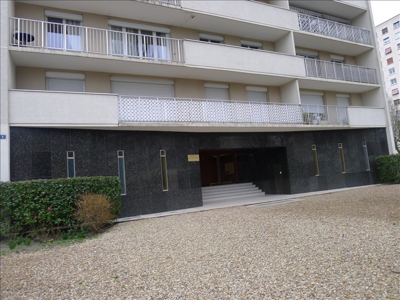 Sale apartment Orleans 96 000€ - Picture 2