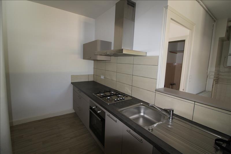 Location appartement Voiron 600€ CC - Photo 2