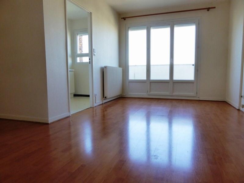 Rental apartment Elancourt 634€ CC - Picture 2