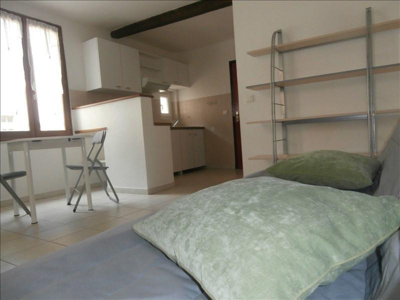 Rental apartment Manosque 356€ CC - Picture 2