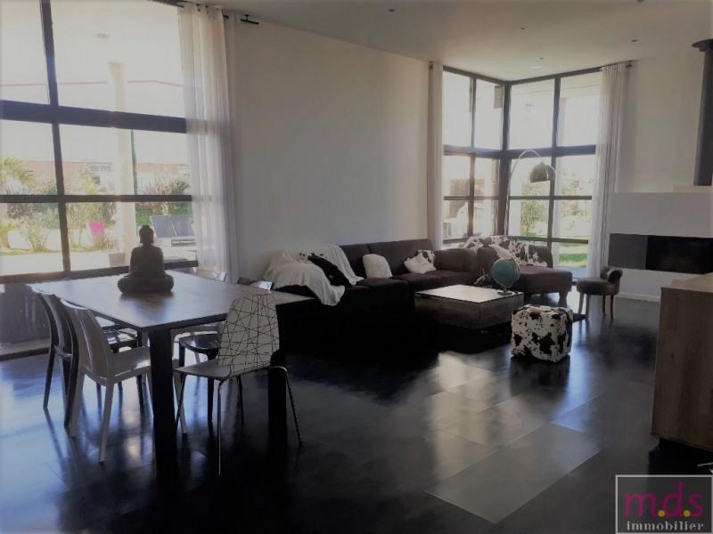Deluxe sale house / villa Proche castelginest 649000€ - Picture 4