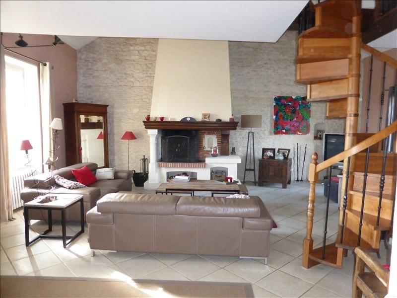 Vente maison / villa Plaisir 680000€ - Photo 3