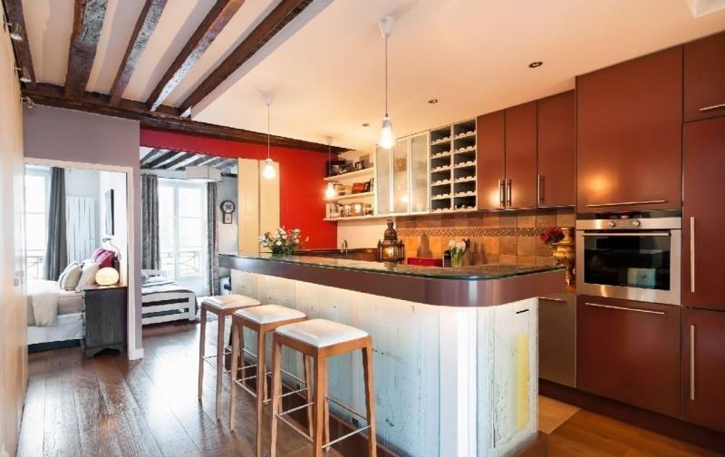 Sale apartment Paris 3ème 945000€ - Picture 2