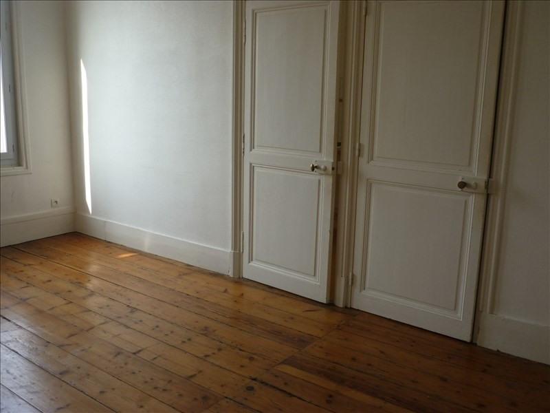 Location appartement Rochefort 405€ CC - Photo 1