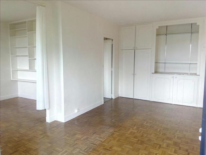 Investment property apartment St cloud 303 000€ - Picture 3