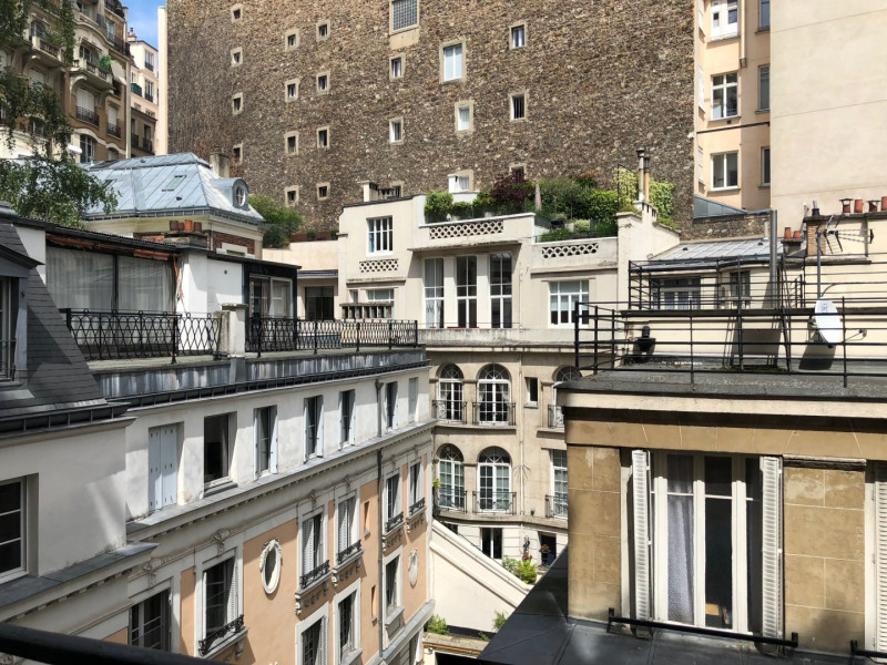 Location appartement Paris 16ème 2 800€ CC - Photo 6
