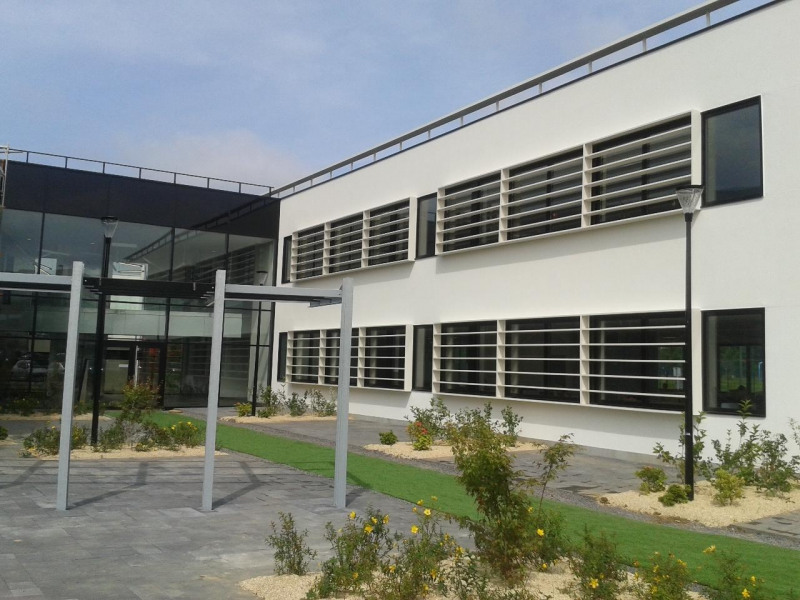 Location Bureau Isneauville 0