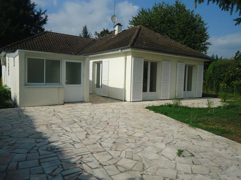 Sale house / villa Lesigny 350000€ - Picture 1