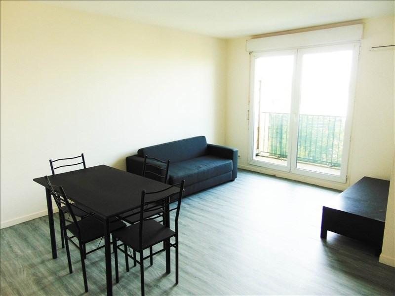 Location appartement La plaine st denis 850€ CC - Photo 1