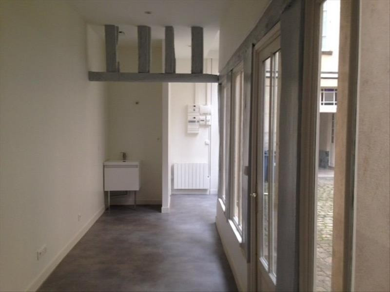 Rental office Versailles 900€ HT/HC - Picture 1