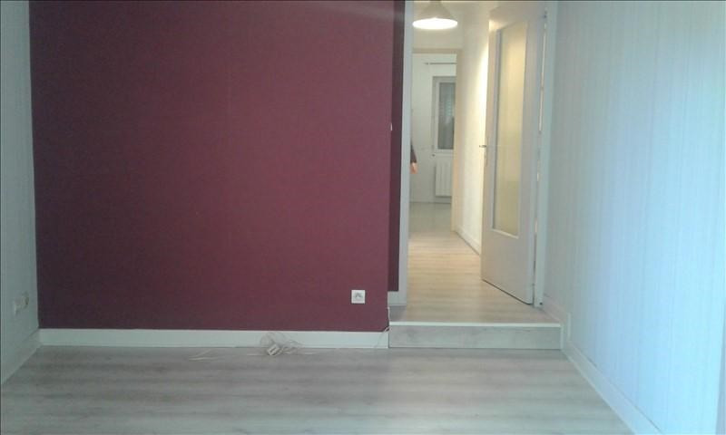 Verhuren  appartement St genis laval 690€ CC - Foto 6