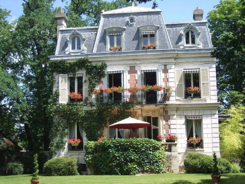 Deluxe sale house / villa Maisons-laffitte 2100000€ - Picture 1