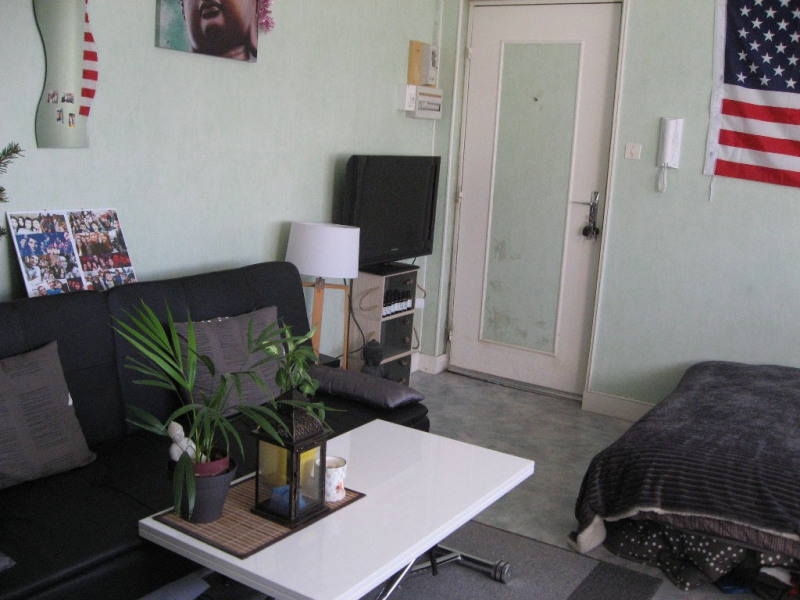 Rental apartment Limoges 335€ CC - Picture 1
