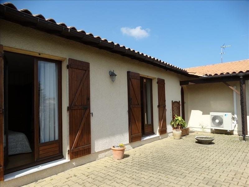 Sale house / villa Blanquefort 378000€ - Picture 4
