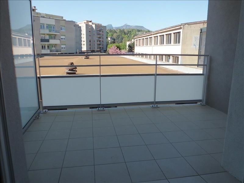 Location appartement Barberaz 680€ CC - Photo 2