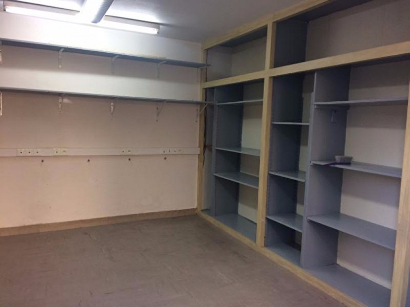 Rental empty room/storage Laval 550€ HC - Picture 4