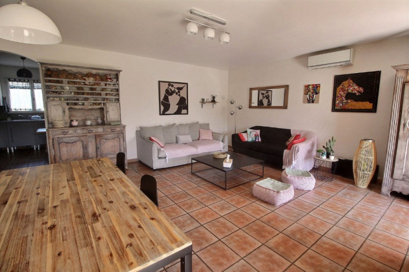Vente maison / villa Meynes 243800€ - Photo 2