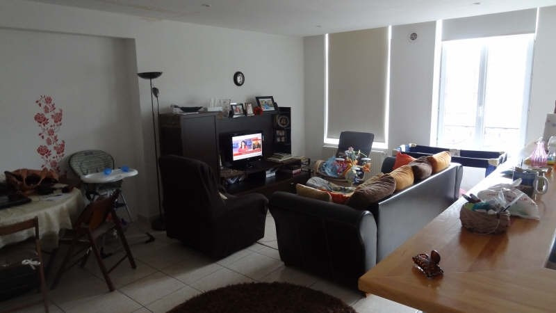 Rental apartment Saint quentin 680€ CC - Picture 3
