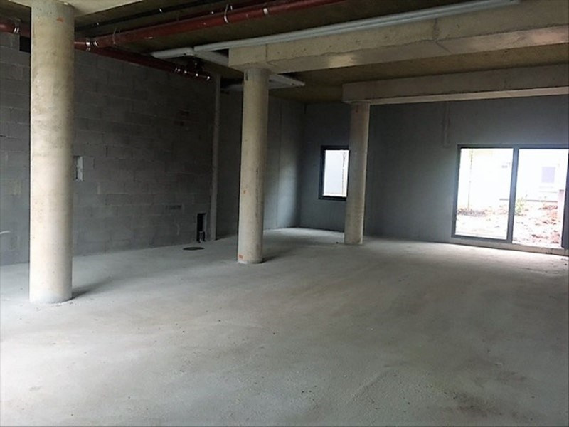 Location local commercial Strasbourg 2 295€ +CH/ HT - Photo 2