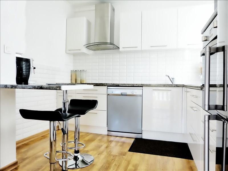 Sale apartment Cluses 220000€ - Picture 2