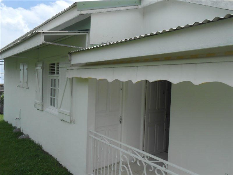 Investment property house / villa St claude 310000€ - Picture 3