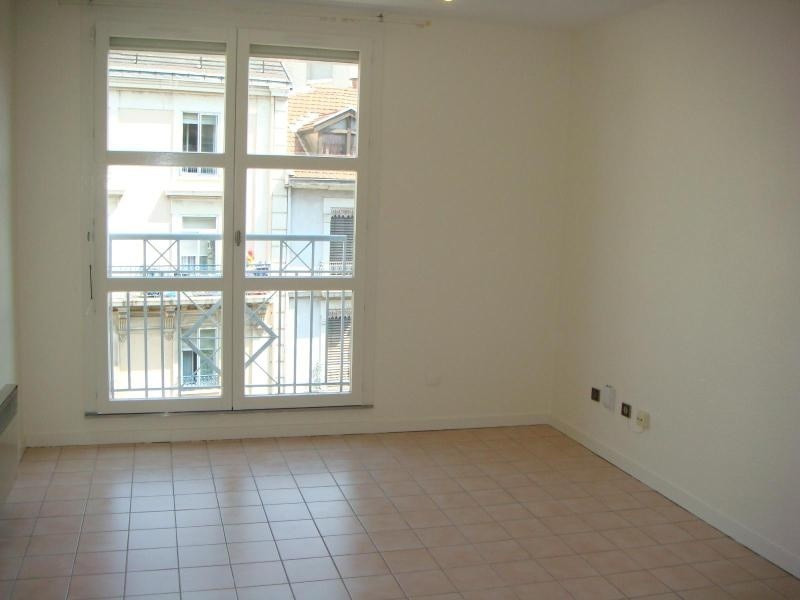 Location appartement Grenoble 350€cc - Photo 3
