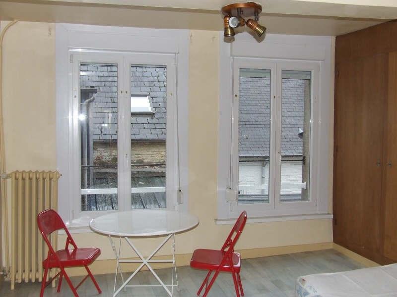Rental apartment Avesnes sur helpe 370€ CC - Picture 1