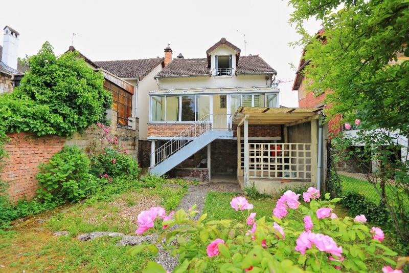 Sale house / villa Villejuif 520000€ - Picture 1