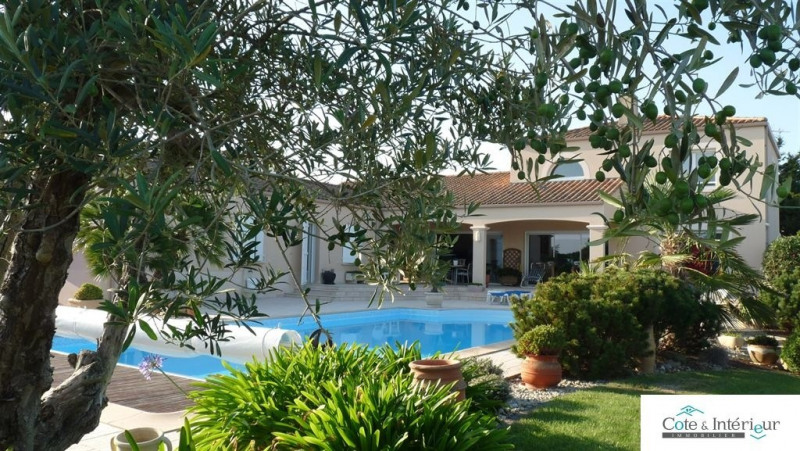 Deluxe sale house / villa Talmont st hilaire 699000€ - Picture 1