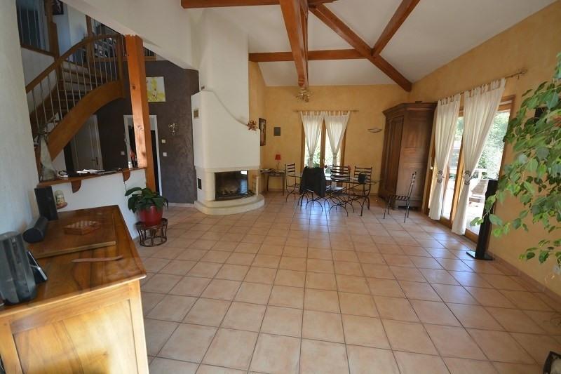 Sale house / villa Montceau 382000€ - Picture 2