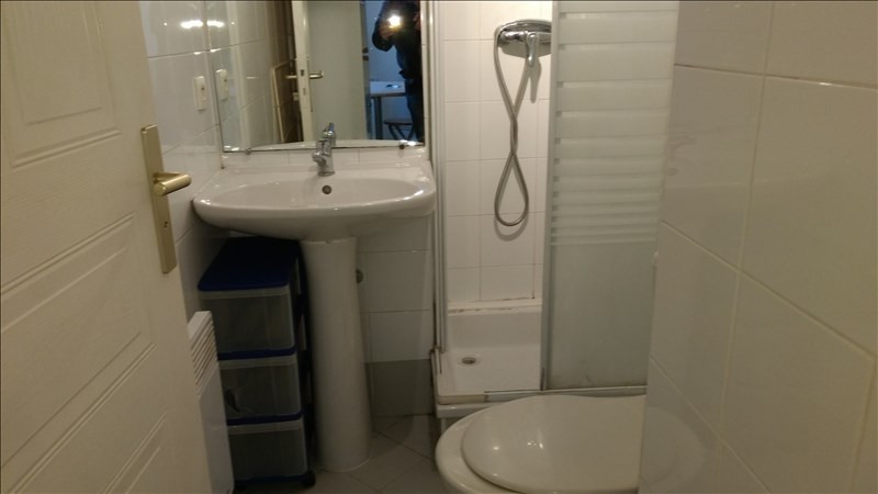 Location appartement Le golfe juan 455€ CC - Photo 2