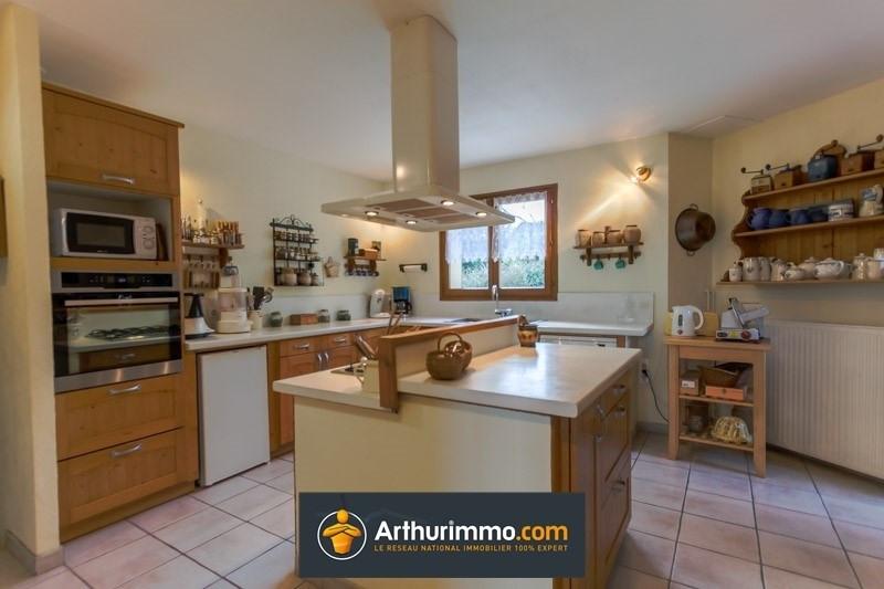 Sale house / villa Morestel 480000€ - Picture 5