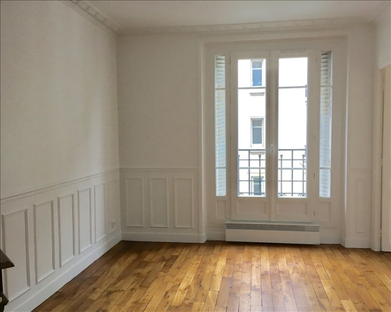 Location appartement Clichy 1 130€ CC - Photo 1