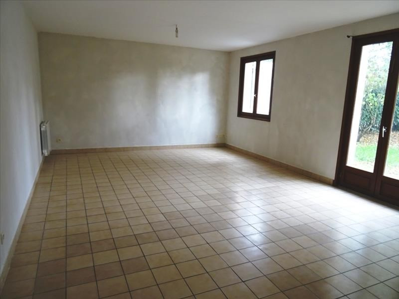 Rental house / villa Vougy 700€ CC - Picture 1