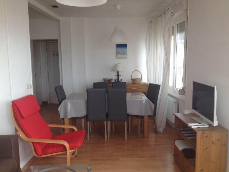 Location appartement Malo les bains 800€ CC - Photo 1