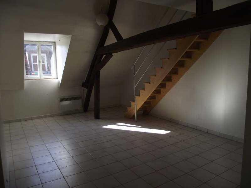 Rental apartment Auxerre 468€ CC - Picture 1