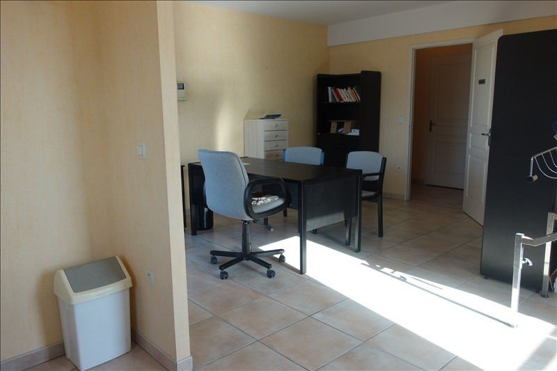 Sale apartment La roche sur yon 149 000€ - Picture 3