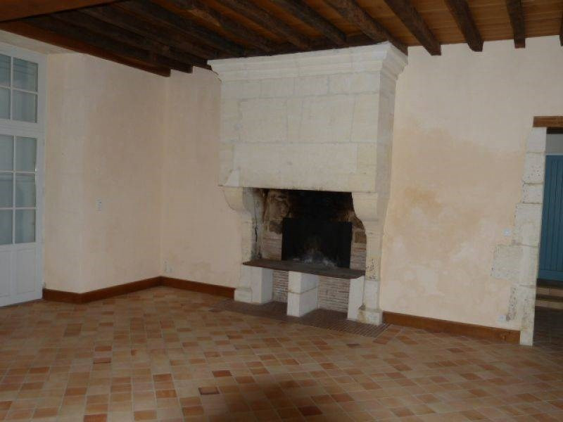Rental house / villa Barbezieux-saint-hilaire 795€ CC - Picture 2