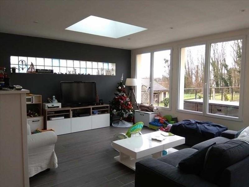 Sale house / villa St gobain 123000€ - Picture 1