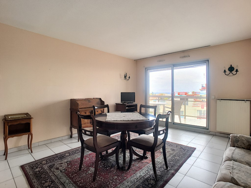 Sale apartment Saint laurent du var 289 000€ - Picture 3