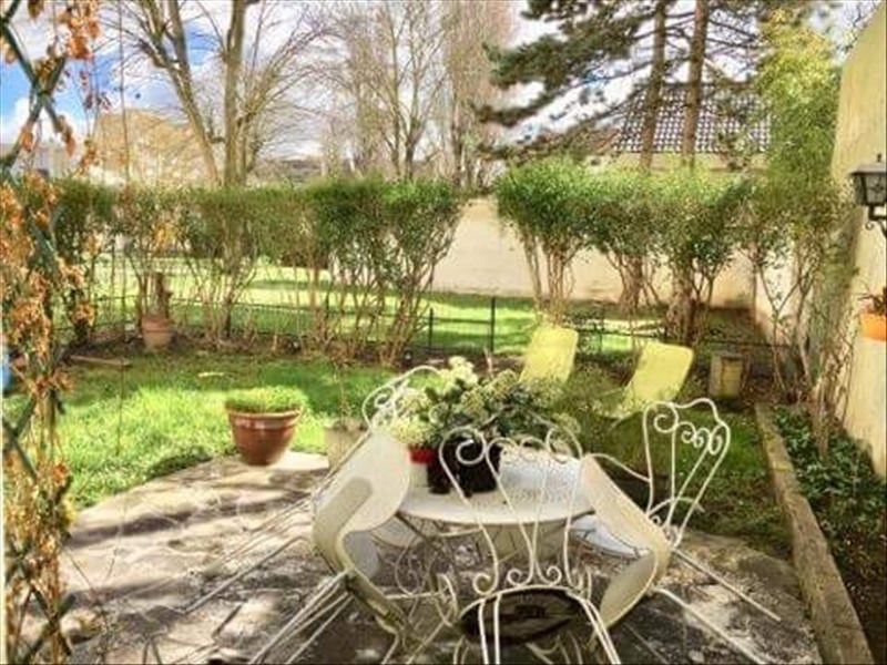Sale apartment Nanterre 399 000€ - Picture 1