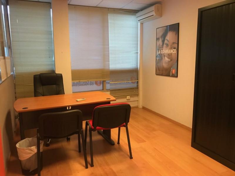 Sale office La valette-du-var 182700€ - Picture 4